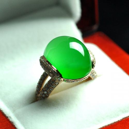 LK3-3老坑玻璃种满色戒指